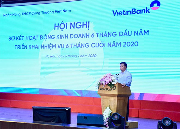 Ông Lê Đức Thọ - Bí thư Đảng ủy, Chủ tịch HĐQT VietinBank phát biểu tại Hội nghị
