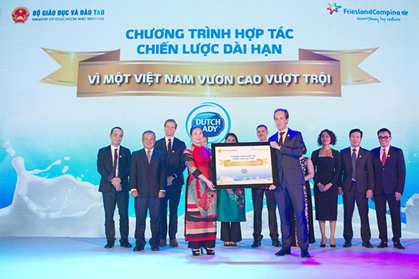 Bộ Giáo dục-Đào tạo và FCV công bố chương trình hợp tác chiến lược Vì một Việt Nam vươn cao vượt trội