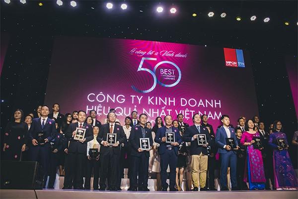 Tập đoàn Đất Xanh được vinh danh là một trong 50 công ty kinh doanh hiệu quả nhất Việt Nam năm 2019.