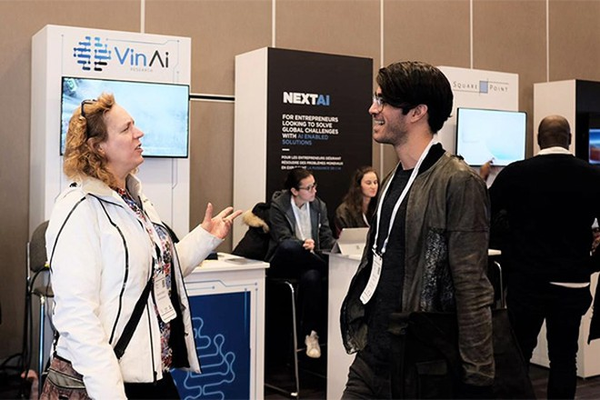 Viện nghiên cứu trí tuệ nhân tạo VinAI Research có 3 công trình nghiên cứu được công bố tại ICML 2020.