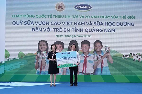 Quỹ sữa Vươn cao Việt Nam được tổ chức tại Quảng Nam vào ngày Quốc tế thiếu nhi, mang niềm vui đến với trẻ em 6 huyện miền núi của tỉnh Quảng Nam