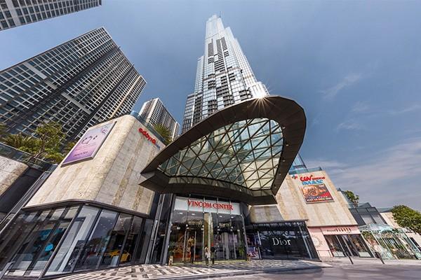 Vincom Retail là công ty phát triển, sở hữu và quản lý mặt bằng bán lẻ lớn nhất Việt Nam, được Forbes Việt Nam định giá thương hiệu ở mức 168,8 triệu USD