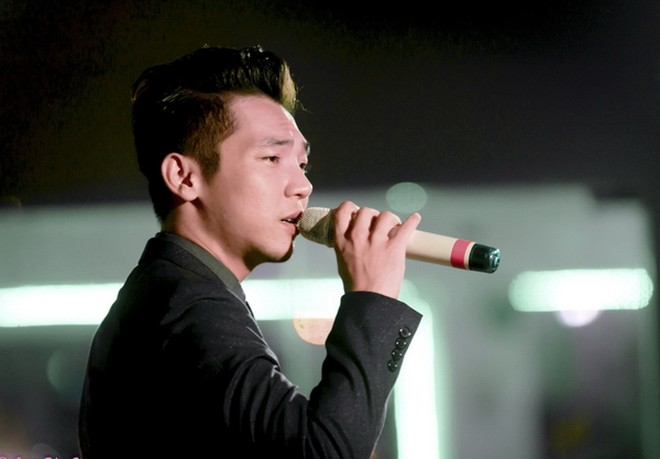 Mai Quốc Việt ra mắt album mới, khoe giọng hát ấm áp đầy cảm xúc ảnh 2