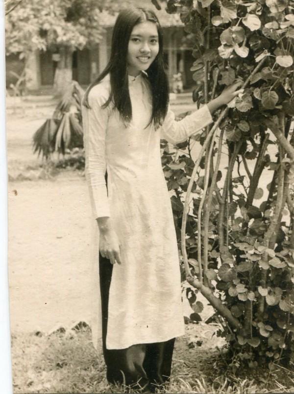 Nữ danh ca Họa Mi công bố những hình ảnh tư liệu quý giá ảnh 1