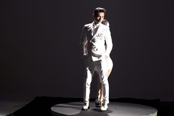 """Isaac ra mắt sản phẩm âm nhạc riêng - """"Mr.Right"""" ảnh 5"""