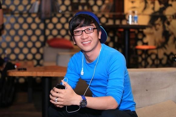 Phi Nhung mặc áo tứ thân, đội nón quai thao thị phạm cho thí sinh ảnh 8