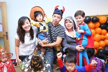Việt Hương khoe ảnh con gái vui Halloween ở Mỹ ảnh 10