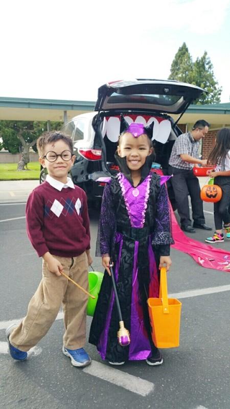 Việt Hương khoe ảnh con gái vui Halloween ở Mỹ ảnh 2