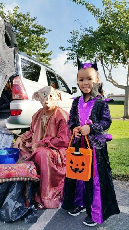 Việt Hương khoe ảnh con gái vui Halloween ở Mỹ ảnh 3