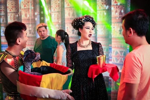 Đoan Trang tạo hình nữ hoàng Ai Cập, Lê Khánh làm nữ cận thần ảnh 6
