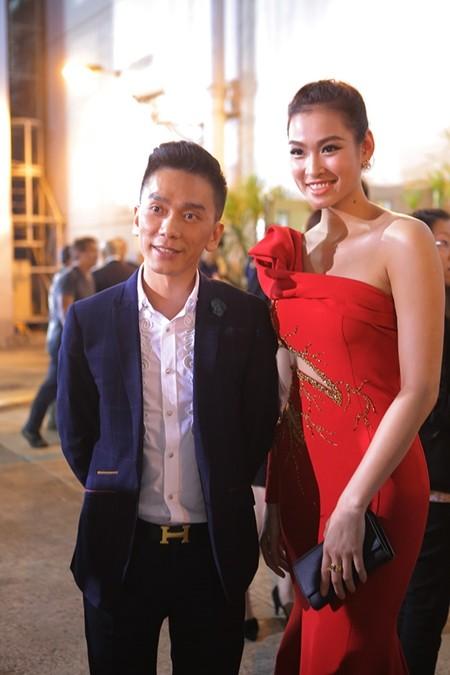 Vương Thu Phương, Diệu Huyền dự sinh nhật đài TVB Hong Kong ảnh 2