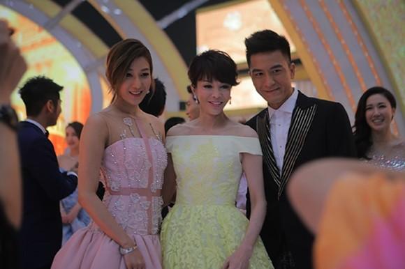 Vương Thu Phương, Diệu Huyền dự sinh nhật đài TVB Hong Kong ảnh 6