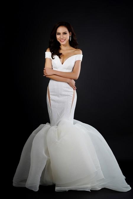 Ngắm nhìn bộ trang phục dạ hội lọt vào Top 10 của Lệ Quyên ảnh 5