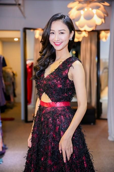 Hà Thu hoàn tất trang phục dự thi Hoa hậu Liên lục địa 2015 ảnh 1