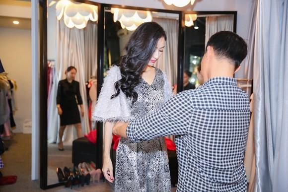 Hà Thu hoàn tất trang phục dự thi Hoa hậu Liên lục địa 2015 ảnh 3