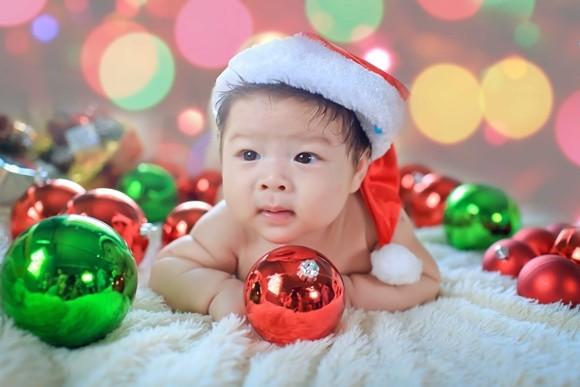 Nhật Kim Anh ghi lại hình ảnh Giáng sinh đầu tiên cùng chồng, con ảnh 6