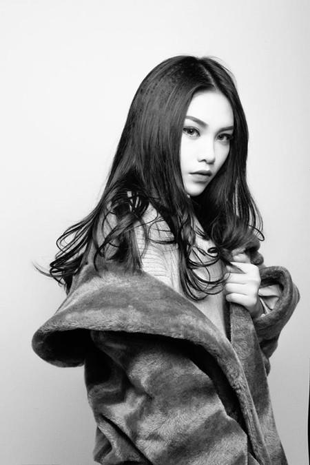 Vũ Thảo My nữ tính trong album mùa đông ảnh 1