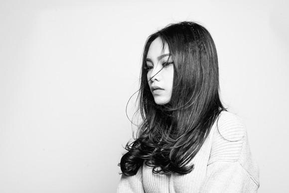 Vũ Thảo My nữ tính trong album mùa đông ảnh 7