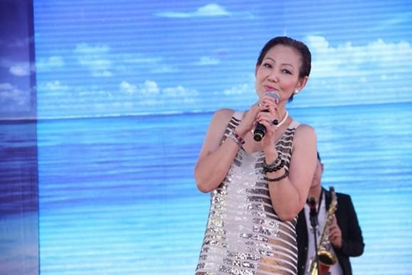 Ca sĩ hải ngoại Kim Anh