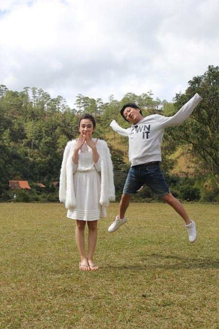 """Angela Phương Trinh sẽ """"cặp kè"""" cùng Trường Giang trong phim hành trình """"Taxi, em tên gì?"""" ảnh 2"""