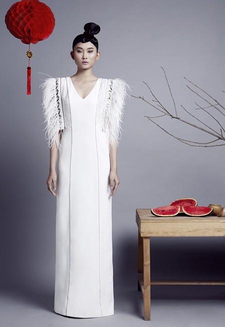 NTK Nguyễn Công Trí tung bộ sưu tập sắc trắng đón Tết ảnh 5