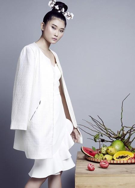NTK Nguyễn Công Trí tung bộ sưu tập sắc trắng đón Tết ảnh 8
