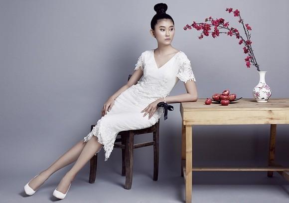 NTK Nguyễn Công Trí tung bộ sưu tập sắc trắng đón Tết ảnh 4