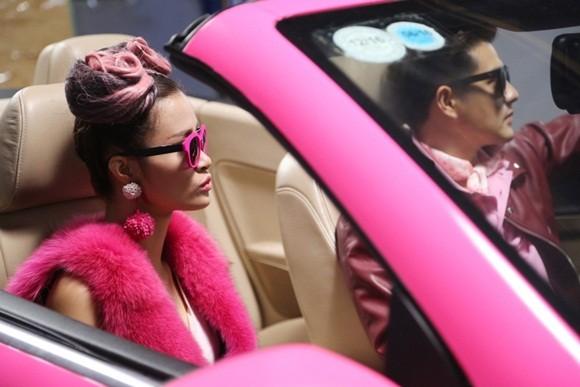 """Đông Nhi đầy cá tính với sắc hồng trong dự án """"Pink girl"""" ảnh 4"""