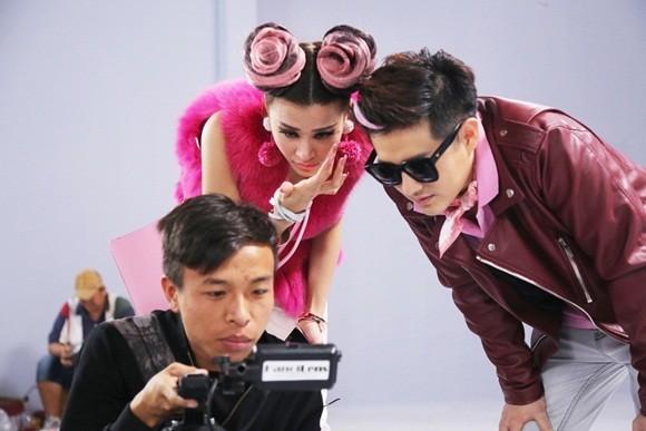 """Đông Nhi đầy cá tính với sắc hồng trong dự án """"Pink girl"""" ảnh 6"""
