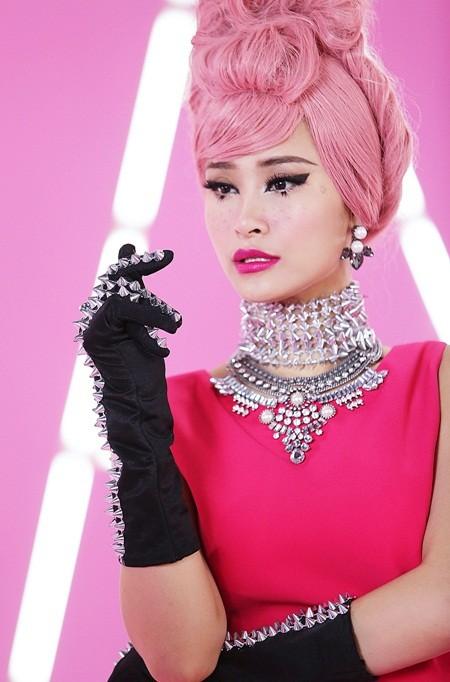 """Đông Nhi đầy cá tính với sắc hồng trong dự án """"Pink girl"""" ảnh 1"""