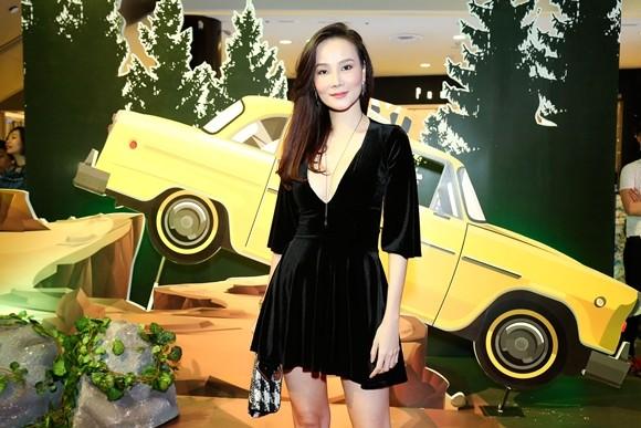 """Trường Giang - Nhã Phương tay trong tay ra mắt phim """"Taxi, em tên gì?"""" ảnh 7"""
