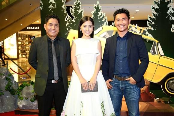 """Trường Giang - Nhã Phương tay trong tay ra mắt phim """"Taxi, em tên gì?"""" ảnh 9"""