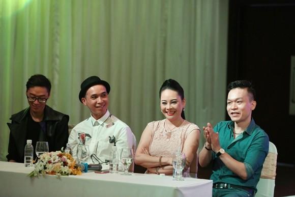 """Lý Hùng - Việt Trinh tái ngộ làm người dẫn chương trình """"Hát vui - vui hát"""" ảnh 5"""