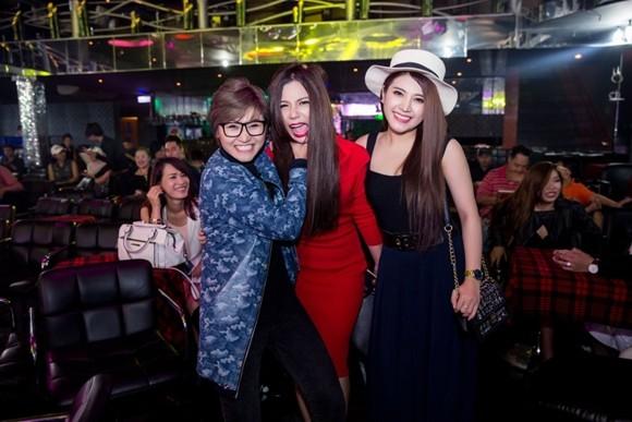 Vicky Nhung, Phượng Vũ, Tố Ny