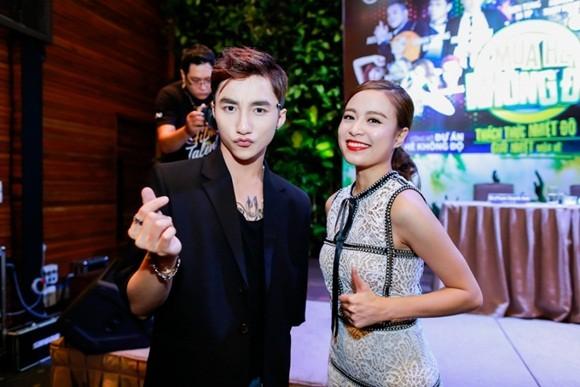Phạm Quỳnh Anh khởi động sự kiện mùa hè cùng Sơn Tùng M-TP, Hoàng Thùy Linh ảnh 2