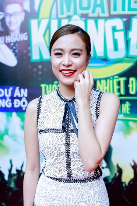 Phạm Quỳnh Anh khởi động sự kiện mùa hè cùng Sơn Tùng M-TP, Hoàng Thùy Linh ảnh 4