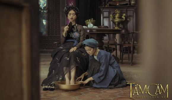Ngô Thanh Vân nhìn thấy nét đẹp Hoàng hậu Nam Phương ở Hạ Vi ảnh 1