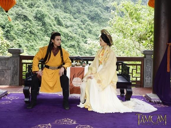 Ngô Thanh Vân nhìn thấy nét đẹp Hoàng hậu Nam Phương ở Hạ Vi ảnh 6