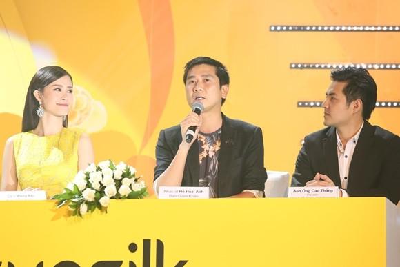 """Đông Nhi ngồi """"ghế nóng"""" cùng nhạc sĩ Hồ Hoài Anh tìm kiếm nhóm nhạc nữ"""