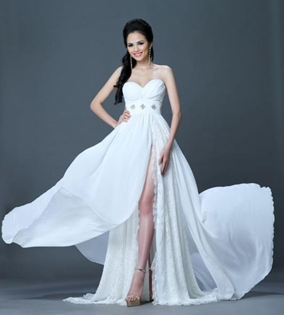 Diễm Hương từng vào top 14 Hoa hậu Trái đất năm 2010