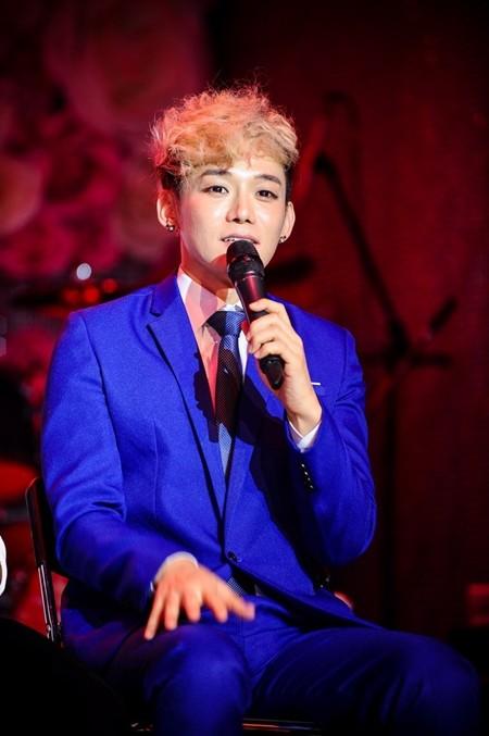 Nam ca sĩ người Hàn Quốc JIS