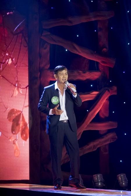 Thí sinh Đinh Ngọc Trung khiến cho giám khảo Tuấn Ngọc không mấy hài lòng với phần thi của mình
