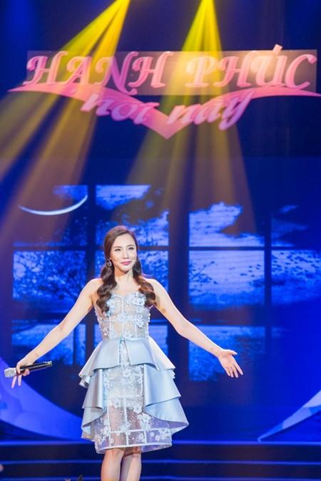 Nữ ca sĩ Hồ Quỳnh Hương đã mơ về gia đình nhỏ cho riêng mình