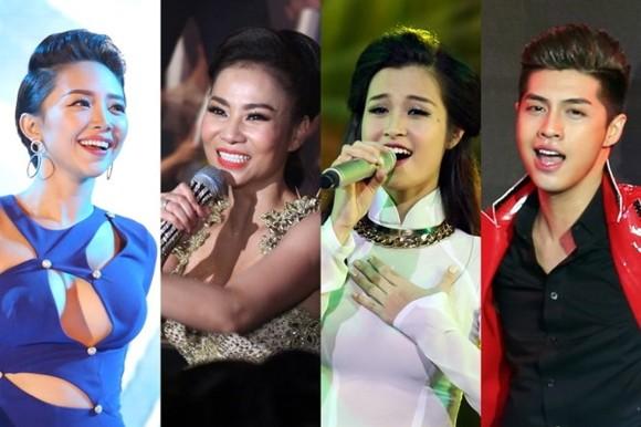 """Thu Minh, Noo Phước Thịnh, Đông Nhi, Tóc Tiên ngồi """"ghế nóng"""" Giọng hát Việt 2017"""