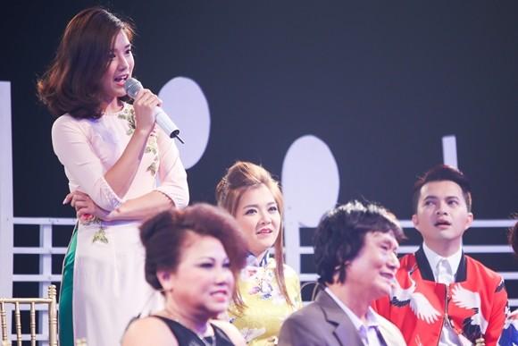 """Hoàng Yến Chibi """"khoe"""" được Phan Mạnh Quỳnh tặng bài hát mới"""