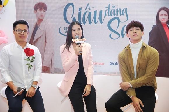 Đông Nhi chia sẻ về vai trò mới của mình trong buổi ra mắt MV mới của Song Luân