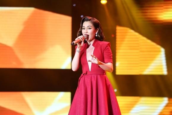 """Giang Hồng Ngọc được đánh giá là quán quân ngay từ khi thể hiện ca khúc """"Hai kỷ niệm một chuyến đi"""""""