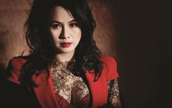 Diva Thanh Lam cùng Hợp tác xã Bay mở màn Liên hoan âm nhạc Châu Âu 2017