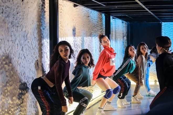 Hồ Ngọc Hà tung MV nhạc dance mừng sinh nhật ảnh 1
