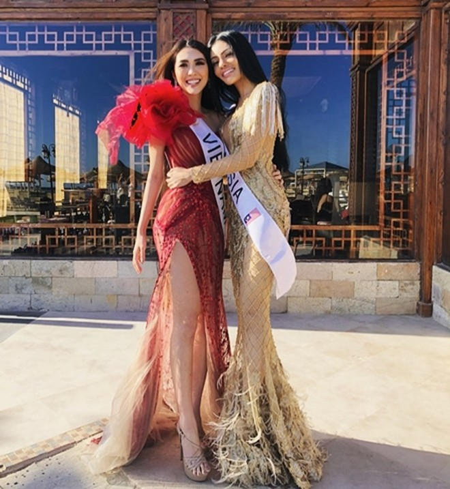 Tường Linh vào Top 10 yêu thích nhất, tặng khăn rằn cho thí sinh Miss Intercontinental 2017